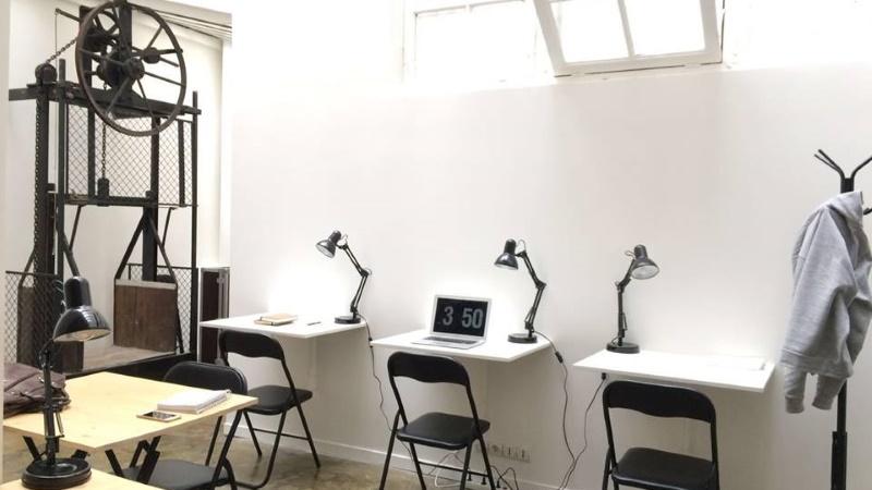 we art from paris espace de coworking paris 75015 le journal du portage salarial. Black Bedroom Furniture Sets. Home Design Ideas