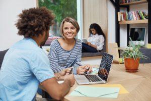 freelance conserver lien social au travail