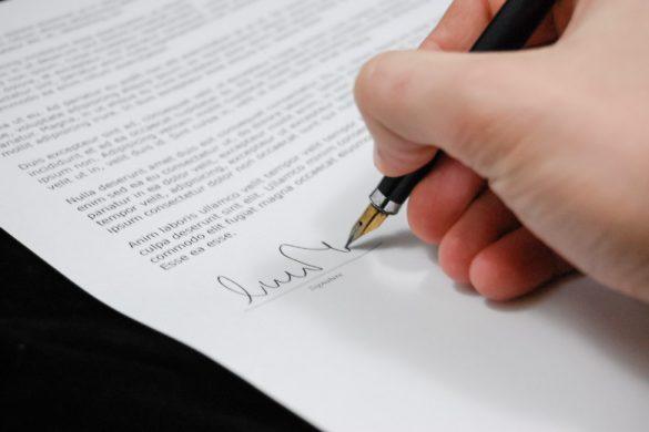 La signature de documents chez les entrepreneurs